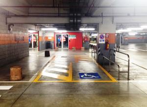 Centro Lame parcheggio posto disabile