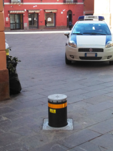 Retractable bollard in Iglesias